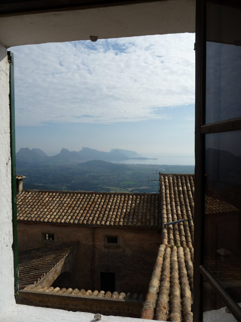 monastry puig maria bedroom view