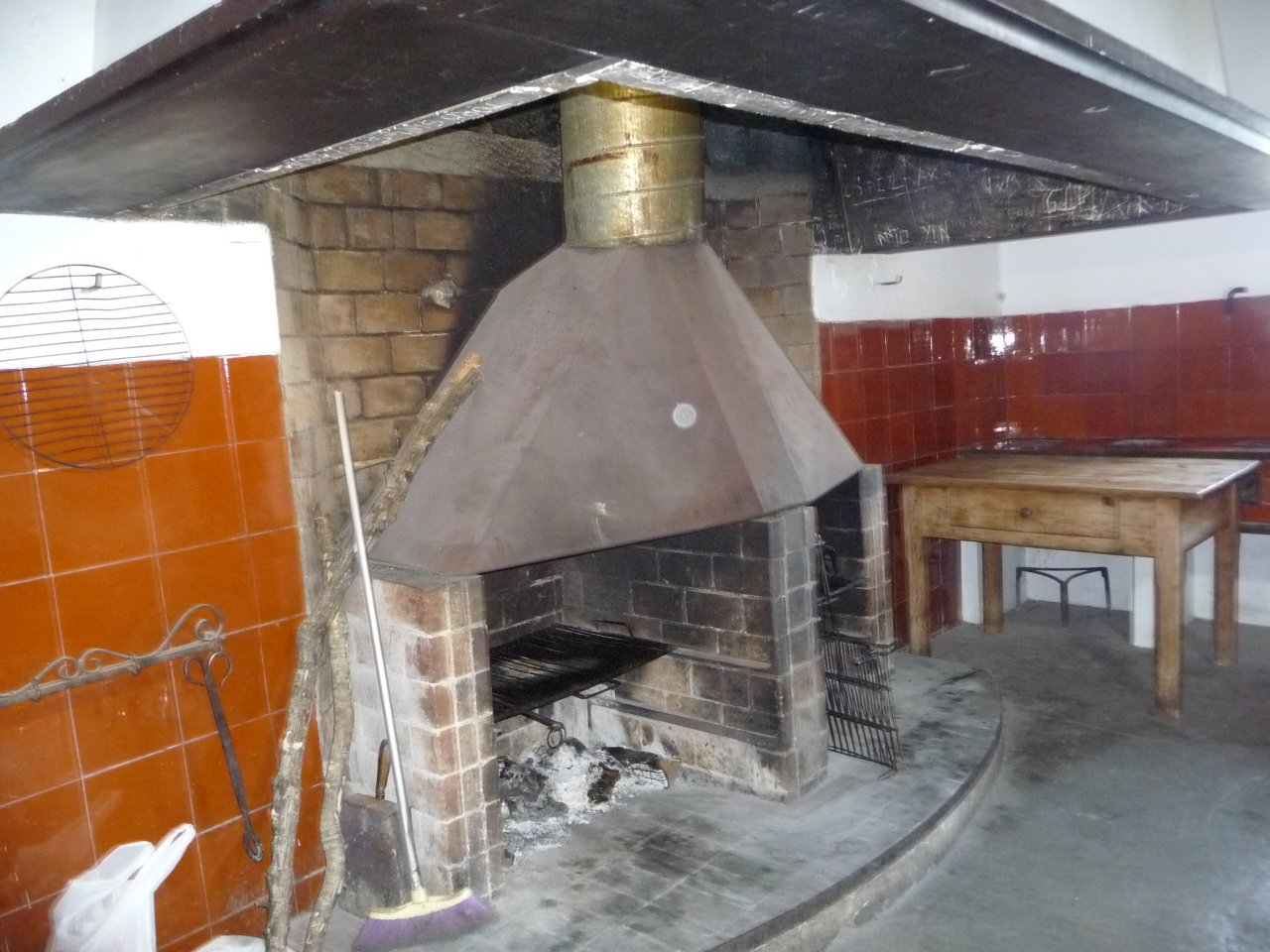 monastry puig maria kitchen fire